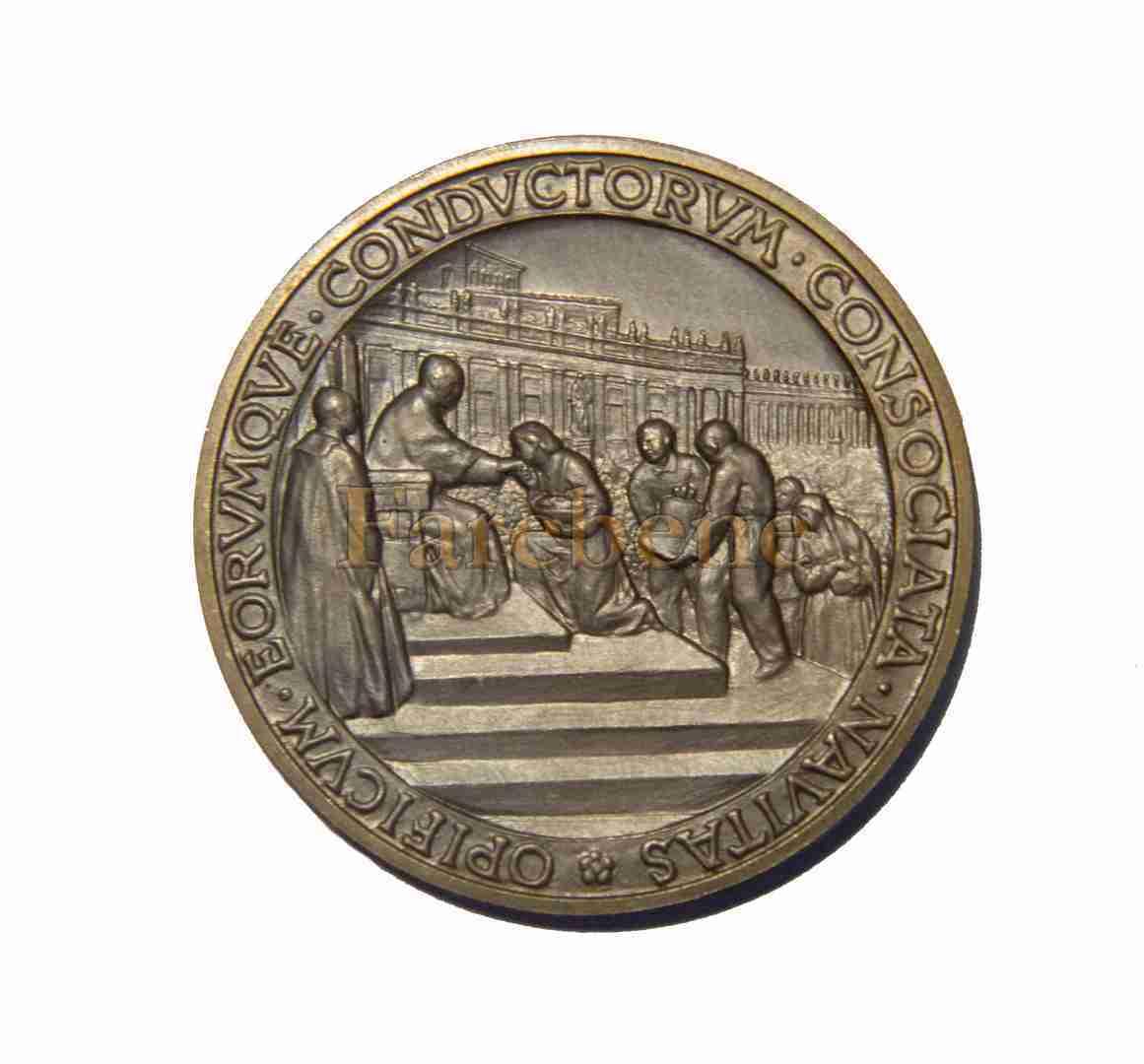 Acli medaglia Pio XII