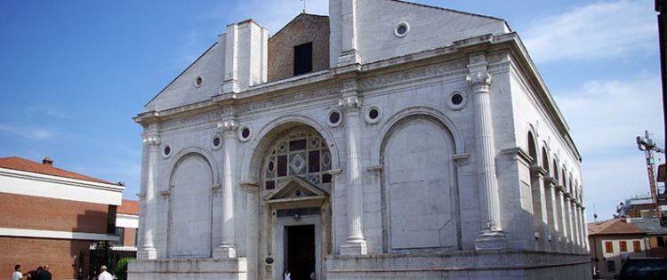Un tour in città per la festa delle Acli di Rimini