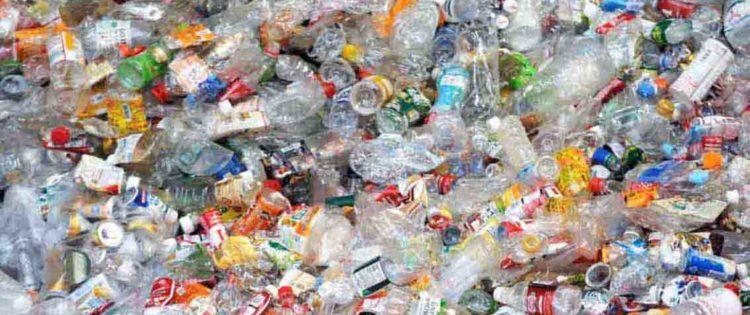 """Le Acli della Comasina contro la plastica: """"Piantiamola!"""""""